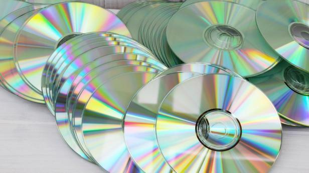 when-did-cd-s-come-out_b0ec5d5b-595e-475f-a39b-e1a20379271b.jpg